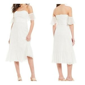 Gianni Bini Off-the-shoulder Taylor Ruffle dress